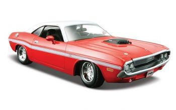Maisto Model Scale 1:24 1970 Dodge Challeger RT Coupe 31263