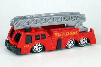 Maisto Special Edition Fire Truck with Ladder 11001